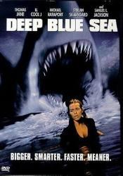 кадр из фильма Глубокое синее море