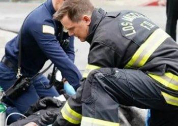 программа FOX: 911 служба спасения Беспомощные