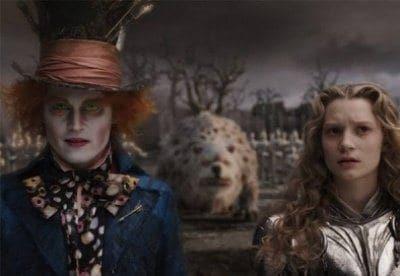 кадр из фильма Алиса в стране чудес