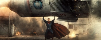 Бэтмен против Супермена в 12:45 на СТС