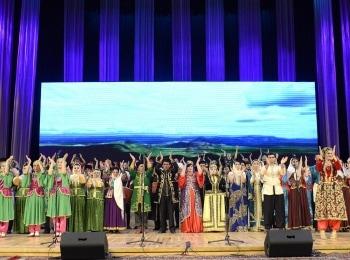 программа МУЗ ТВ: Большой гала концерт в Баку День 1 й