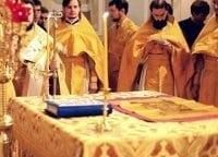 Божественная-литургия-Прямая-трансляция