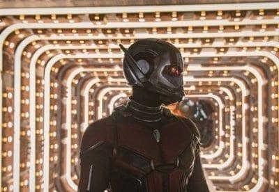 кадр из фильма Человек муравей и Оса