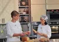 Честный хлеб 18 серия в 12:00 на канале