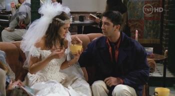 программа Paramount Comedy Russia: Друзья Эпизод с дешевым свадебным платьем