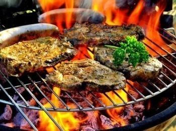 Еда на огне Техасский масштаб в 13:05 на канале