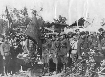 программа Центральное телевидение: Гражданская война Забытые сражения Офицеры против комиссаров