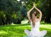 Йога на природе в 12:00 на канале