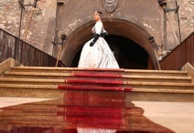кадр из фильма Кровавая леди Батори