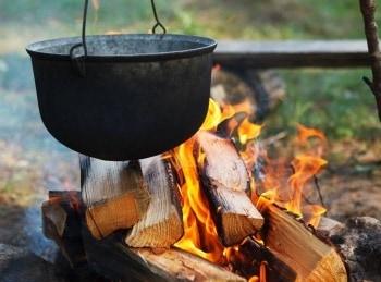 Кухня-на-свежем-воздухе-Сибас-холодного-копчения