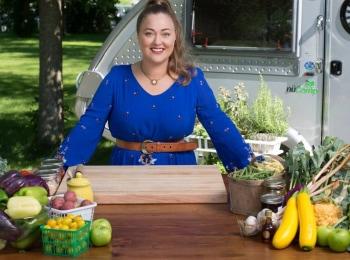 программа Кухня ТВ: Кухня начинается с прилавка 8 серия