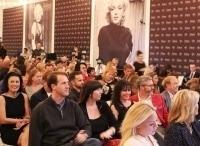 программа Первый канал: Мэрилин Монро Жизнь на аукцион