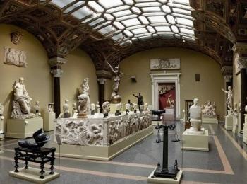 программа Russian Travel: Музеи России Экскурсии