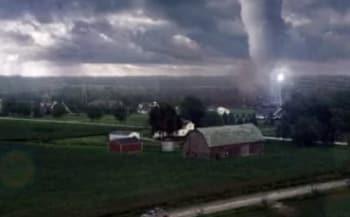 Навстречу шторму кадры