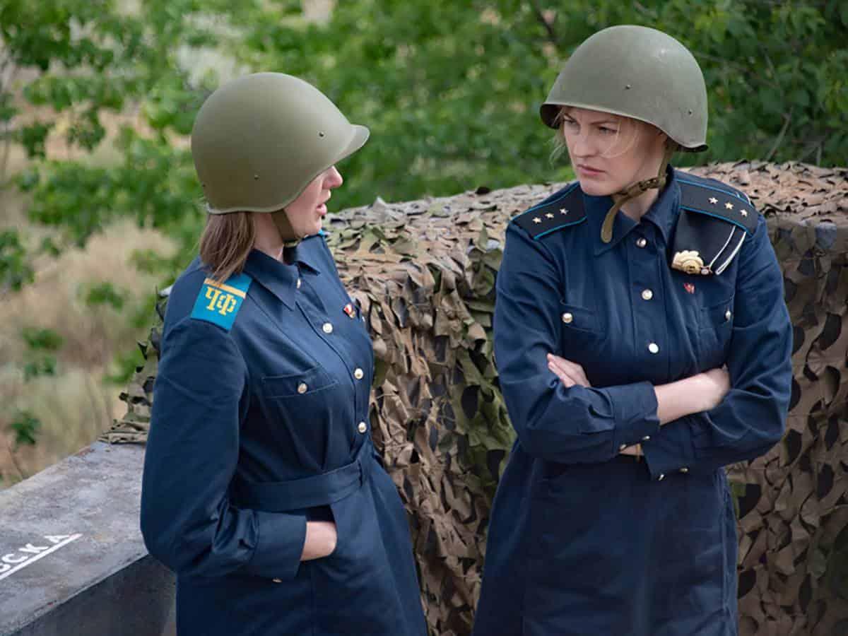 Невеста комдива 8 серия в 23:40 на Россия 1