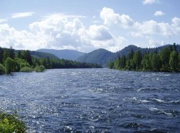 программа Охотник и рыболов: Один на реке Рыбалка на Дону