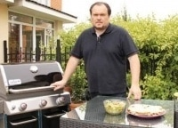 Огненная еда 2 серия в 12:00 на канале