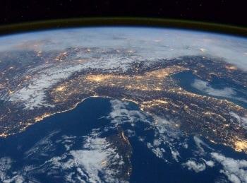 Переменчивая планета Земля Ураганы в 07:35 на канале Культура