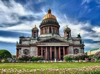 программа Russian Travel: Петербургский уикенд Городские достопримечательности