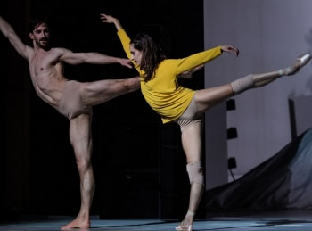 Play-Балет-Александра-Экмана-в-Парижской-опере