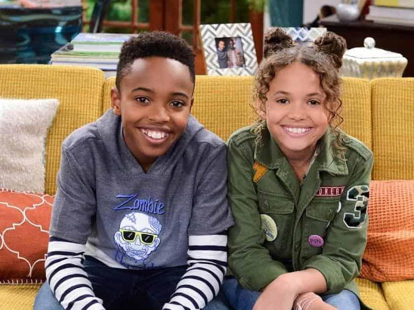 программа Nickelodeon: Под одной крышей Распространение пятен