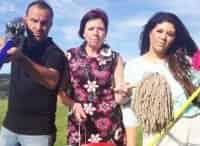 Помешанные на чистоте 8 серия Элисон и Дасти, Хелен и Джэнет в 12:00 на канале