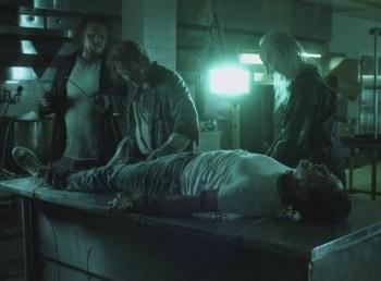Поворот не туда-4: Кровавое начало фильм (2011), кадры, актеры, видео, трейлеры, отзывы и когда посмотреть | Yaom.ru кадр