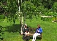 Прогулка по саду 33 серия в 11:15 на канале