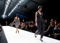 программа Fashion One: Runway Frenzy 1 серия