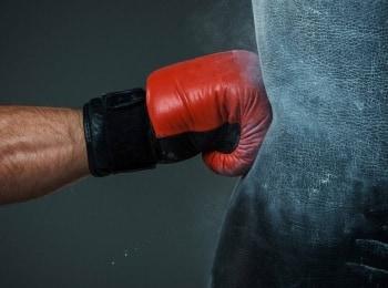 Самые жестокие бои Рикки Хаттон против Кости Цзю в 14:40 на канале