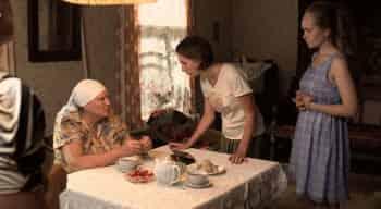 Слепая Оливье в 18:00 на ТВ3