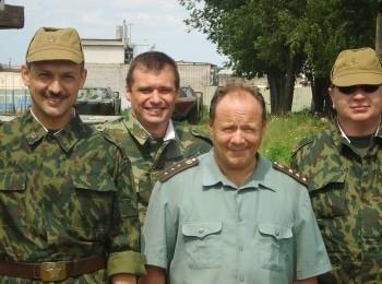 Солдаты 14 серия в 15:30 на ЧЕ