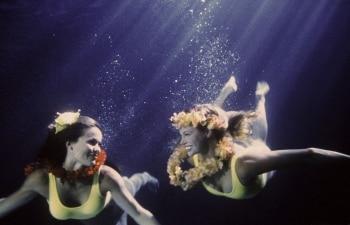 программа Sony Turbo: Спасатели Малибу Море пламени