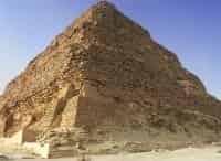 Спасение старейшей пирамиды Египта в 11:50 на канале