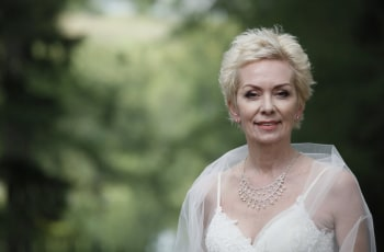 Свадьбы и разводы в 05:00 на Первый канал