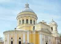 Свято Троицкая Александро Невская лавра в 13:45 на канале