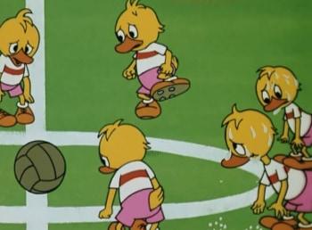Утенок, который не умел играть в футбол кадры