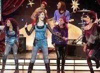 программа Nickelodeon: Виктория победительница Три девушки и Лось