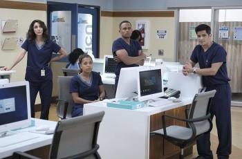 программа Amedia Premium: Хороший доктор 4 серия