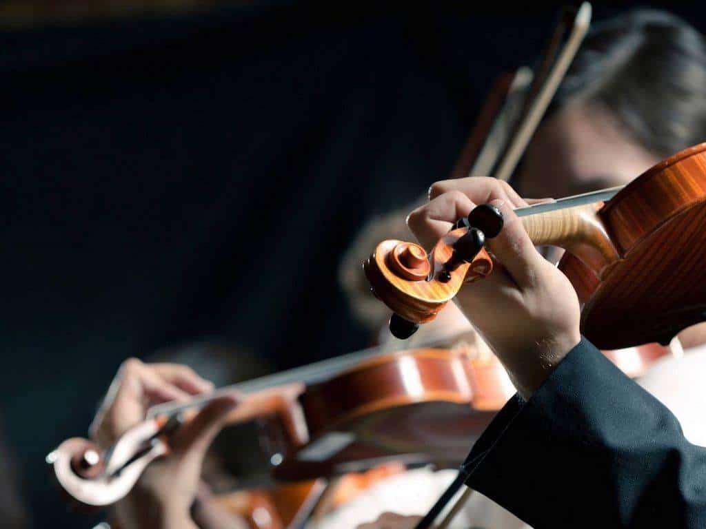 XX-Международный-телевизионный-конкурс-юных-музыкантов-Щелкунчик-II-тур-Струнные-инструменты