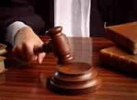 Зал суда Битва за деньги в 13:10 на канале