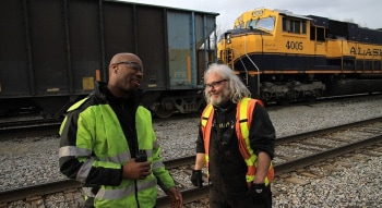 программа Discovery: Железная дорога Аляски Весенние угрозы