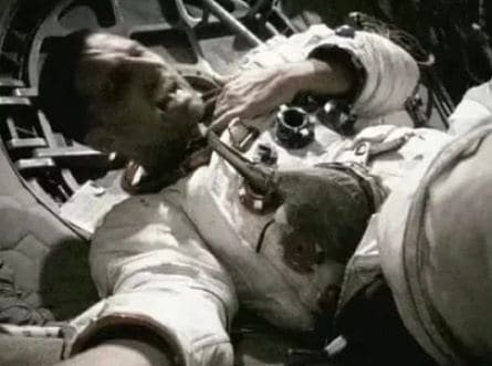 Аполлон 18 кадры