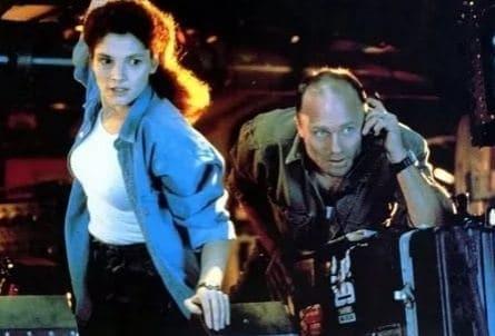 Бездна фильм (1989), кадры, актеры, видео, трейлеры, отзывы и когда посмотреть | Yaom.ru кадр