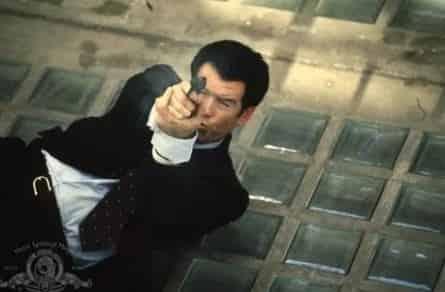Джеймс Бонд 007 - Завтра Не Умрет Никогда кадры
