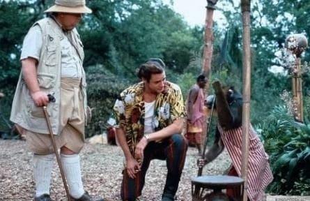 Эйс Вентура - когда зовет природа фильм (1995), кадры, актеры, видео, трейлеры, отзывы и когда посмотреть | Yaom.ru кадр