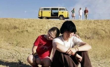 Маленькая мисс Счастье фильм (2006), кадры, актеры, видео, трейлеры, отзывы и когда посмотреть | Yaom.ru кадр