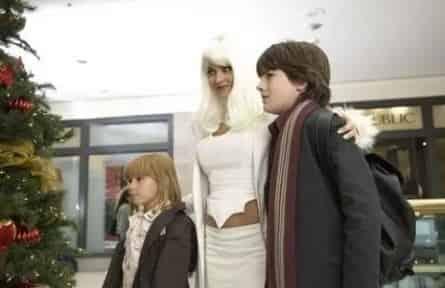 Миллион на Рождество фильм (2007), кадры, актеры, видео, трейлеры, отзывы и когда посмотреть   Yaom.ru кадр
