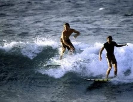 На гребне волны кадры