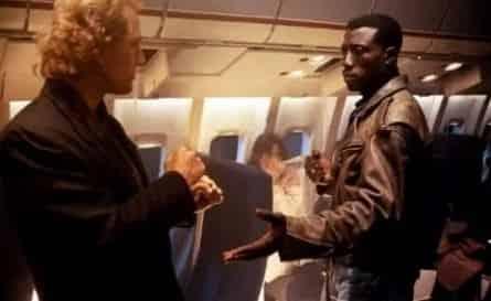 Пассажир 57 фильм (1992), кадры, актеры, видео, трейлеры, отзывы и когда посмотреть | Yaom.ru кадр